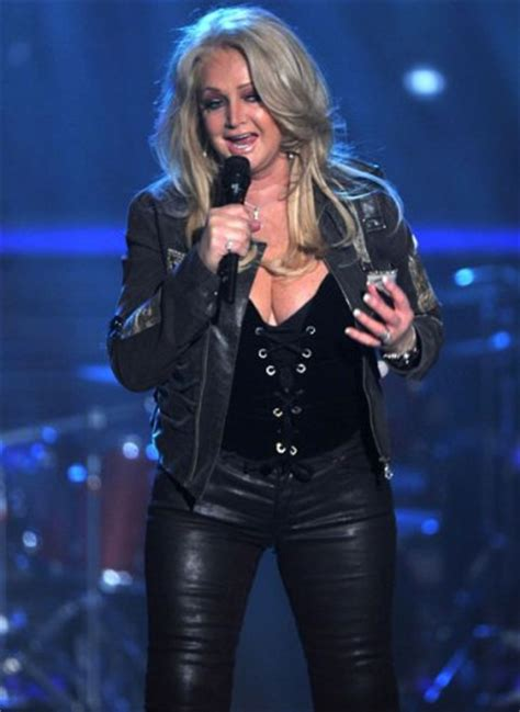 10 Facts about Bonnie Tyler   Fact File