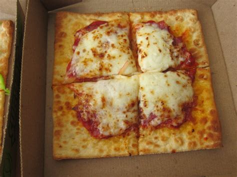 Review: Subway - Flatizza | Brand Eating
