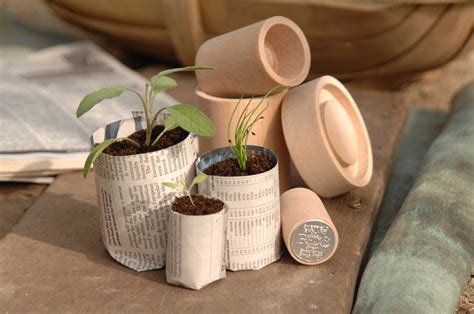 Eco Pot Maker from Burgon and Ball   Paper pot, Seedling